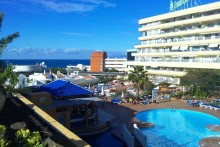 Ground floor 1 bedroom apartment with pool views in touristic complex in the south of Tenerife